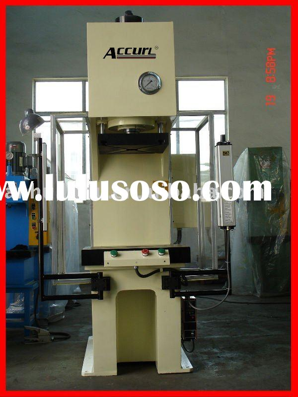Hydraulic deep drawing machine