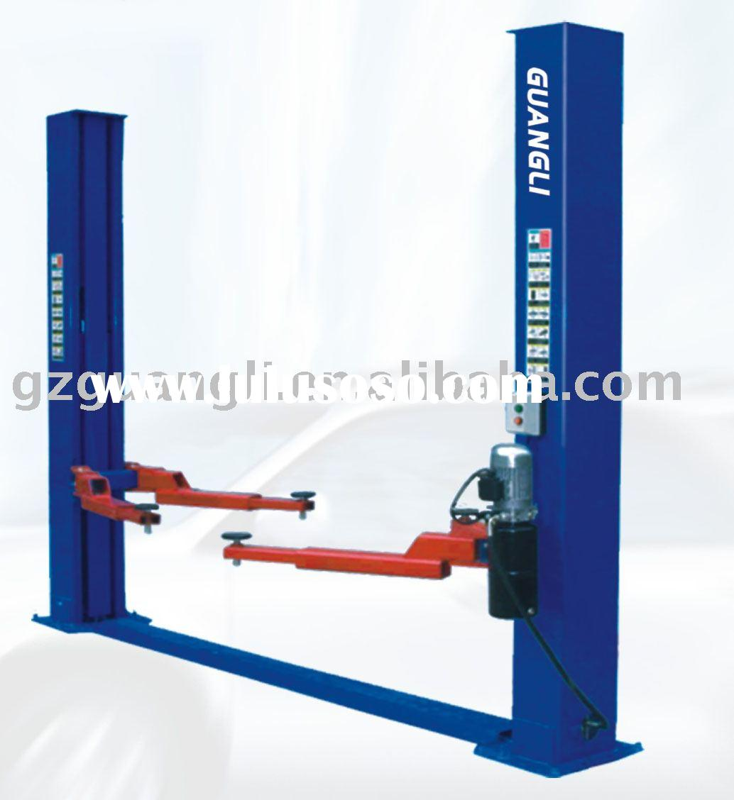 TWO POST HYDRAULIC LIFT