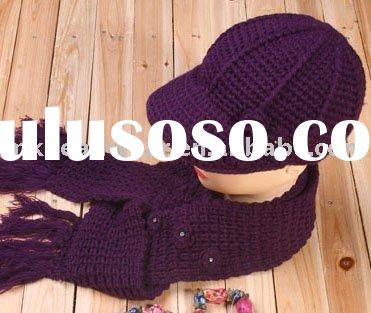 fashionable knitted set of hat and scarf