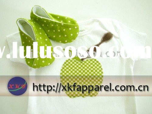 Kids' shortsleeve or longsleeve sets Green and White Baby T-Shirt and Booties
