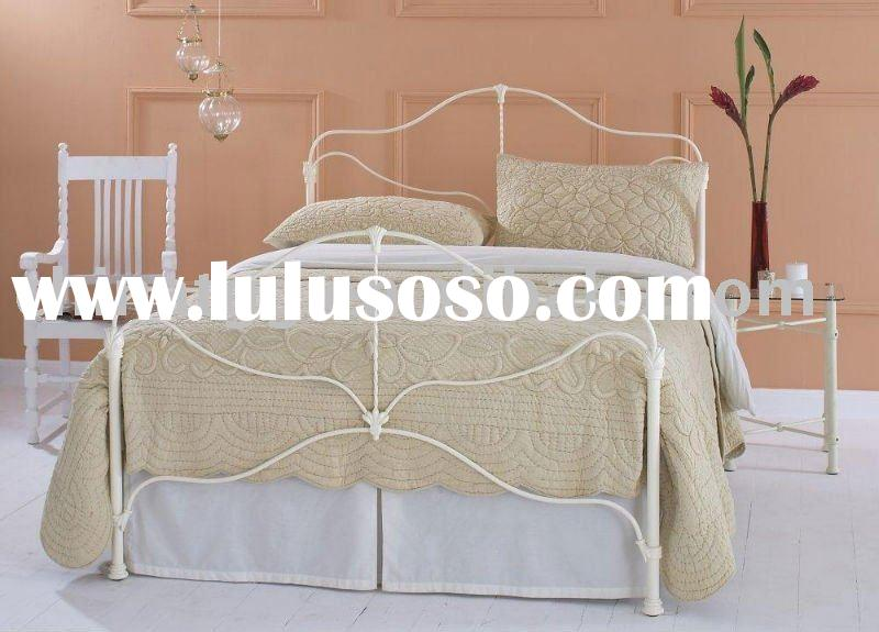 Lolita queen size iron bed