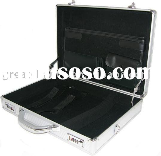 BRAND NEW SILVER ALUMINUM LAPTOP NOTEBOOK ATTACHE HARD CASE