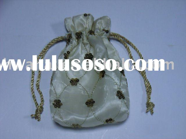 Embroidery jewelry bag