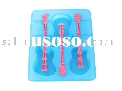 blue violin cake mould