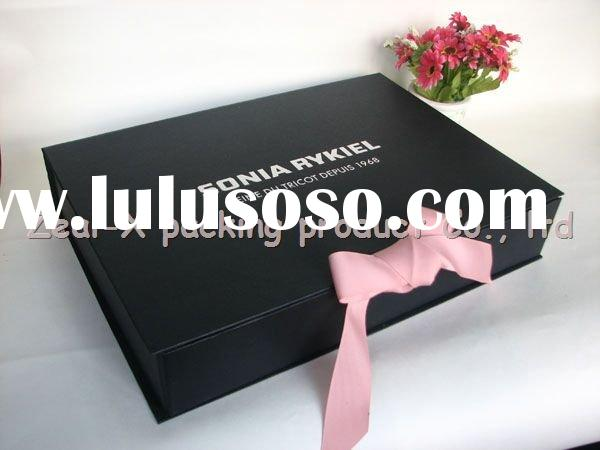 Noble black collapsible gift box with ribbon