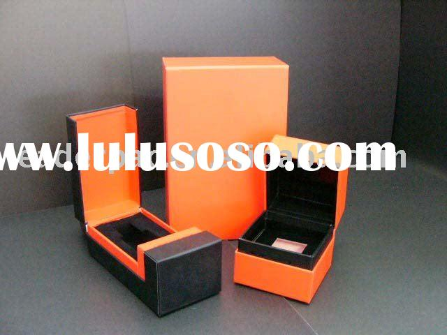 Paper Jewelry Boxes with customized velvet insert