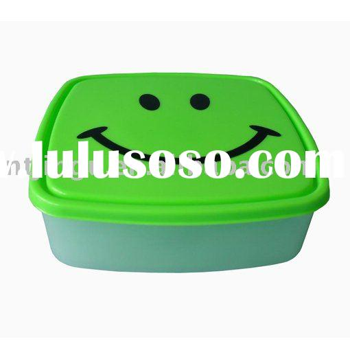 plastic lunch boxes
