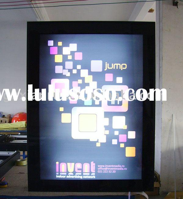 Scrolling light box display