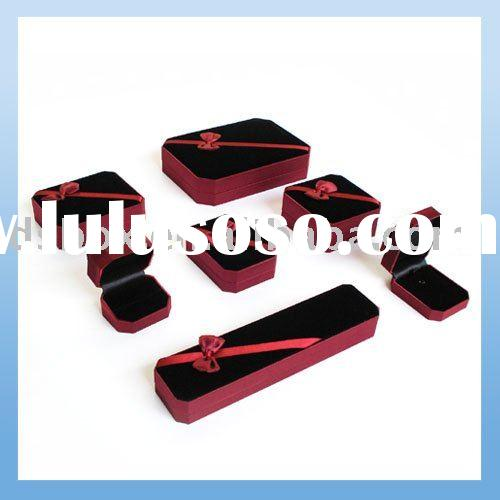 Velvet Plastic Jewelry Display Box Case