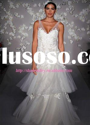 8009 A-line formal bridal gown layered two-tiered tulle and lace skirt