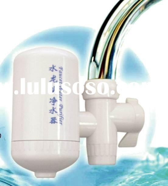 Faucet mounted water filter with ceramic core