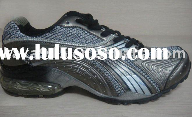 2011 latest fashion soccer shoes