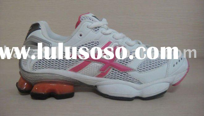 The latest fashion women golf shoes