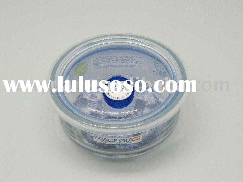 Pyrex Glass Food Storage containers and Plastic Lids with Silicone Seals