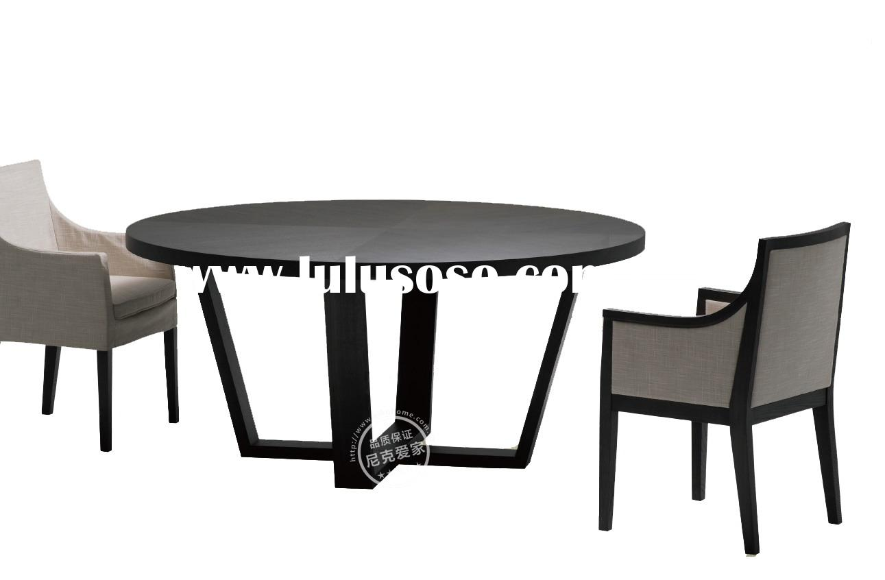 Modern Wooded Round Dining Table and Dining Chairs