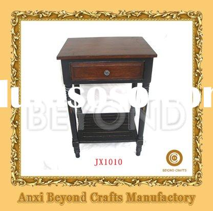 Wooden end table with one drawer