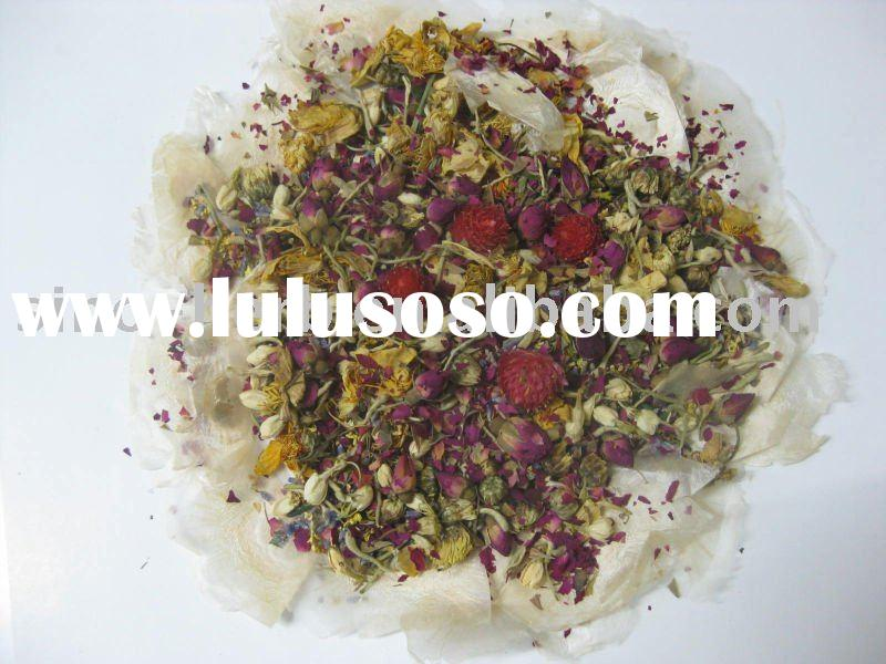 bathing tea with rose ,jasmine,lily petals