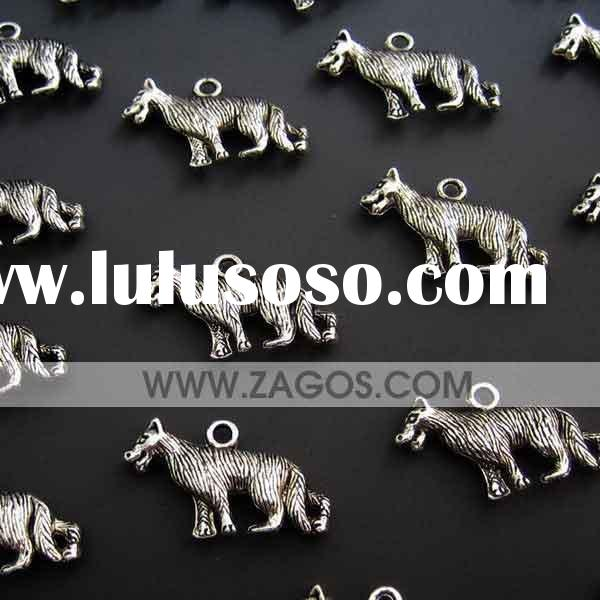 Tibetan Style Beads,charms,pendants,zinc alloy,Antique Silver,Wolf,25mm long, 14mm wide, 4mm thick,