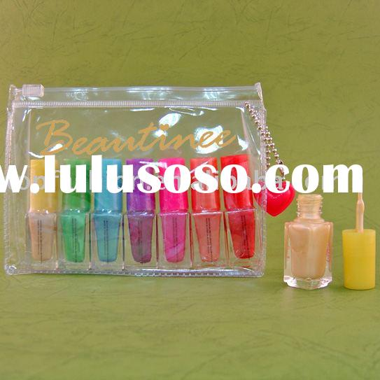 Cosmetic Nail varnishs/polish pack in PVC bag with charm