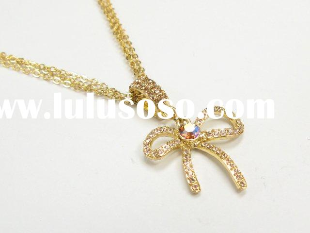 Gold Jewelry necklace - 30707506