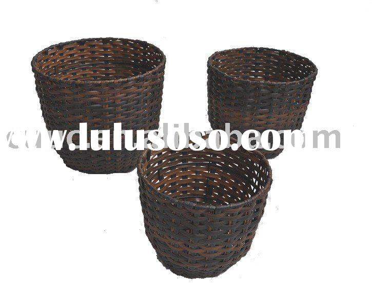 2011  Round  Plastic Laundry  Storage Baskets with Fabric Liner      S/3