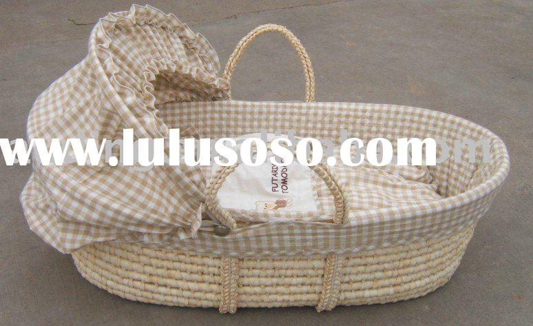 straw baby moses basket with cotton quilt