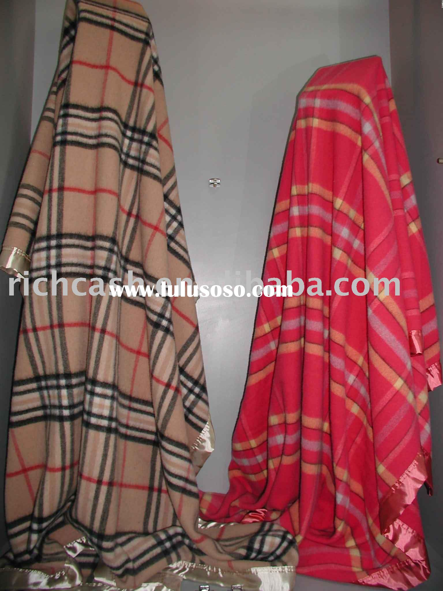 Cashmere and wool blend blanket