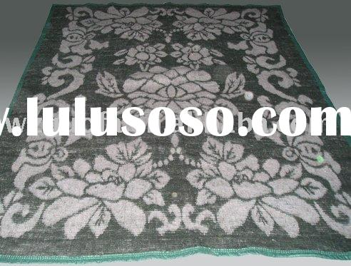 acrylic brushed jacquard thermal blanket