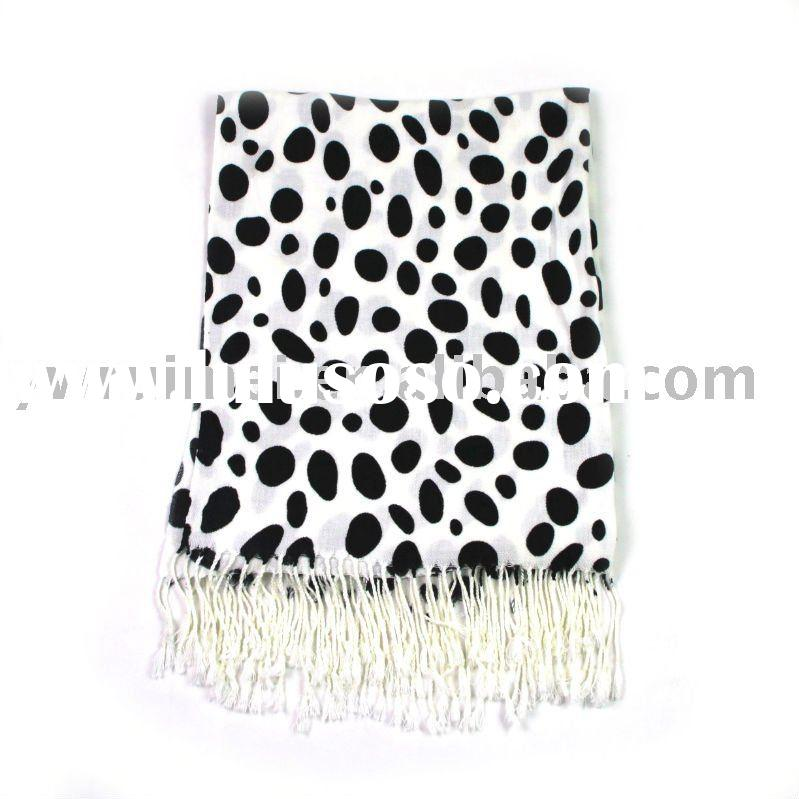 2010 Ladies' Fashion scarf,plain silk scarves,dot shawl,black and white pashmina
