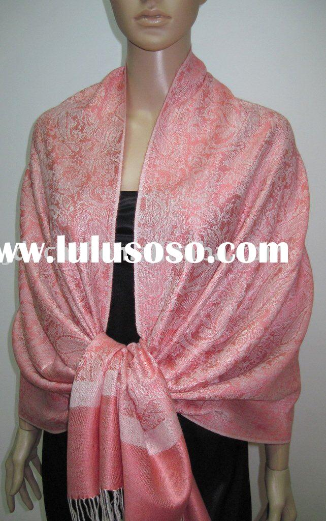 Z029_1229# Cashmere scarf with classical whole paisley jacquard pashmina design