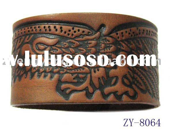 2011 real leather bracelet with embossed face