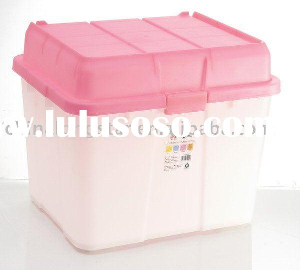 Multi-use plastic container with lid