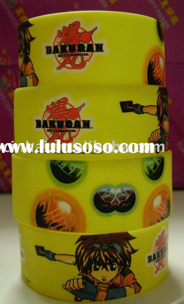 Novelty and excellent quality silicone wristband with custom design