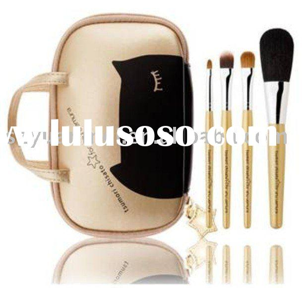 4 pcs makeup brushes set with elegant pouch,various color are acceptable
