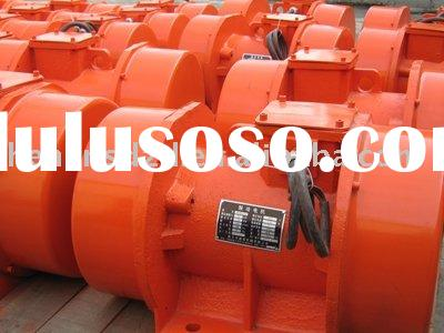 Electric vibrating motor for mining industry machines