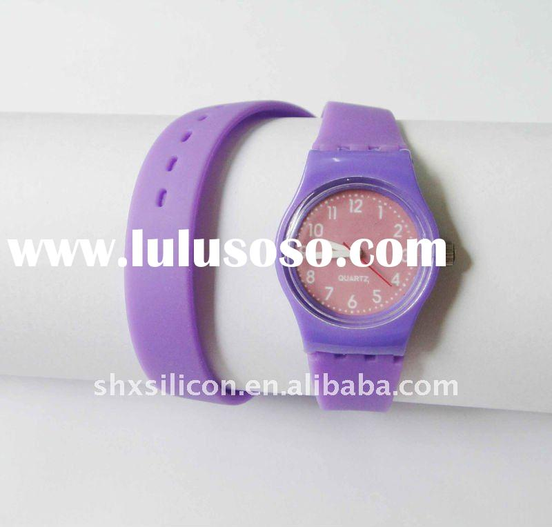 2011 peachpuff fashion silicone wristband watch