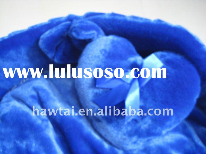 Select excellent Yarli material and high quality dog bed
