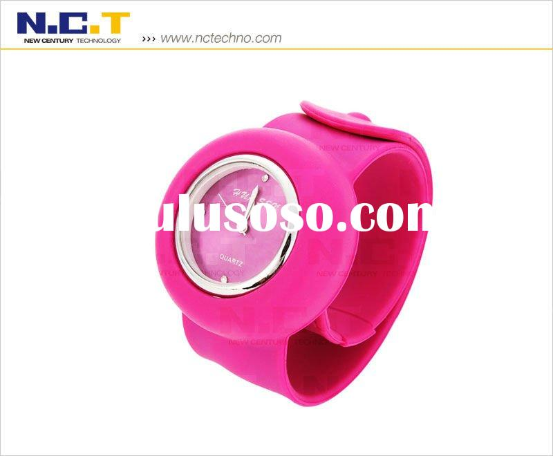 Fashion Silicone Watch With 1ATM Waterproof