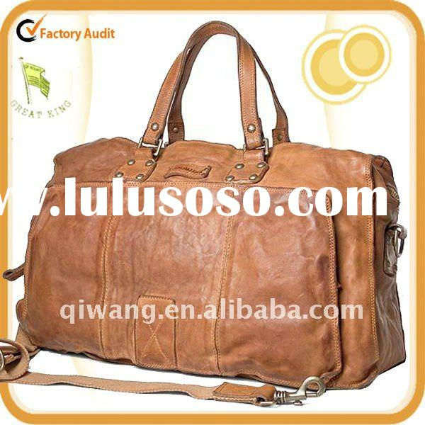 Leather Travel Bag with external pocket