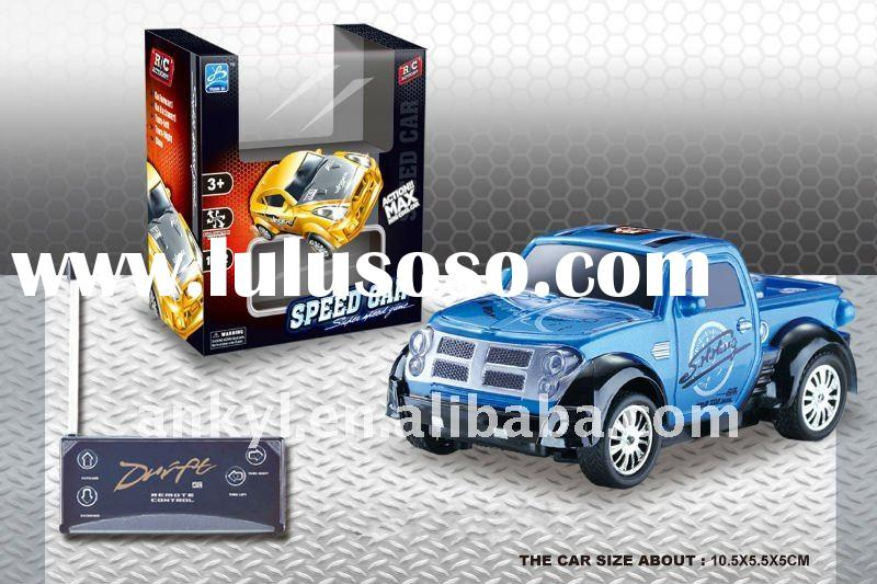 1:32 four channel R/C battery operation road racing toy car