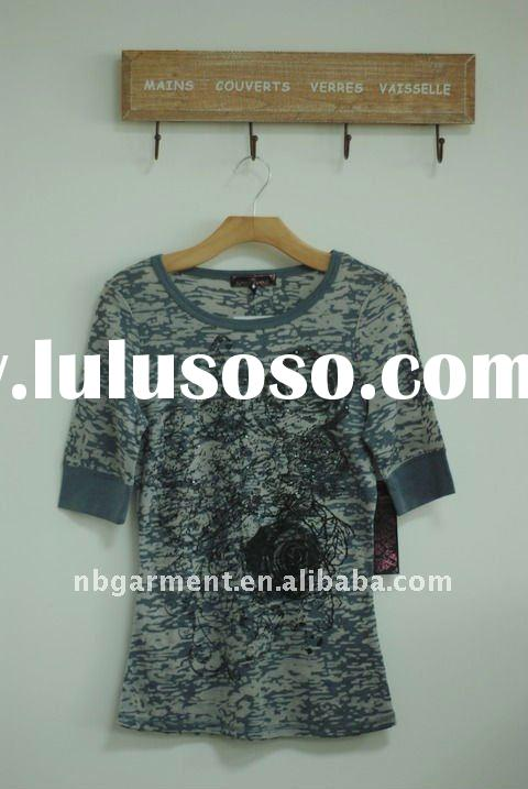 Ladies blouse with print