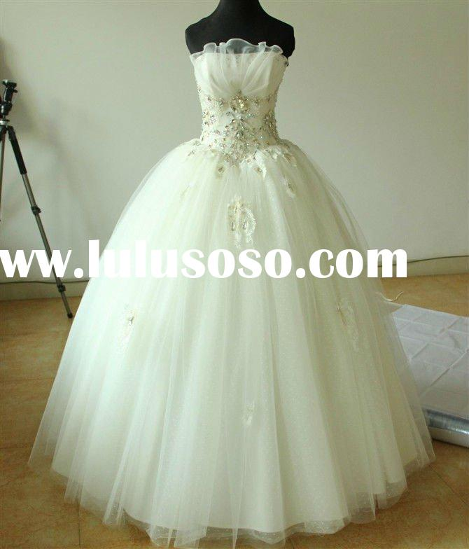 2011 elegent lace crystals ball gown strapless wedding dress