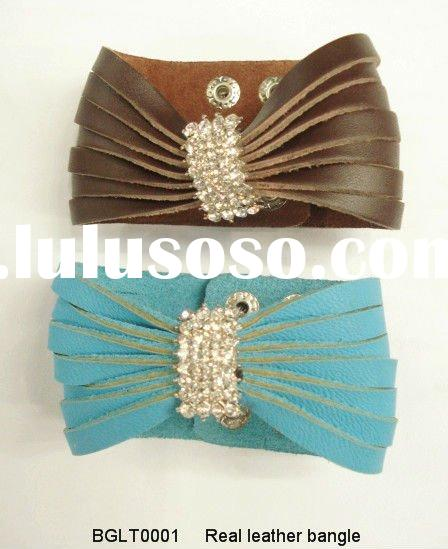 Fashion real leather bangle with rhinestone findins