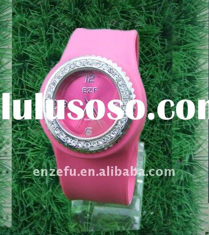 High quality quartz diamond face slap watch