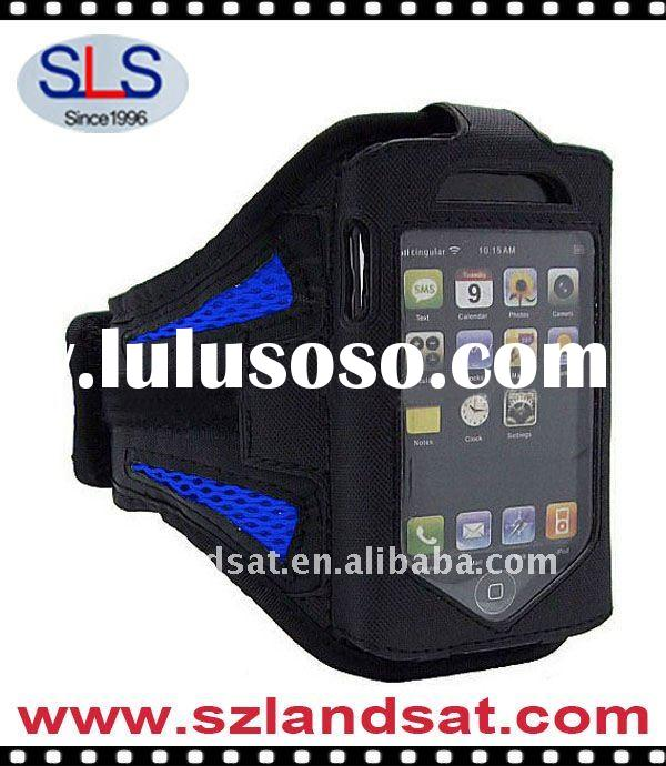 Wrist-mounted case for iphone 4