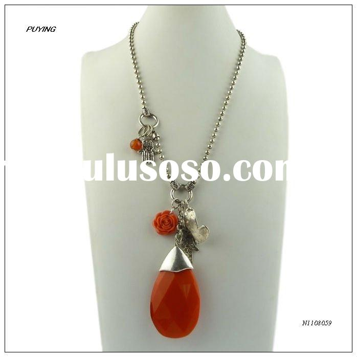 Street Chic Long Red Rezin Lady Beaded Chain Alloy Pendant Necklace, Women Fashion Accessory