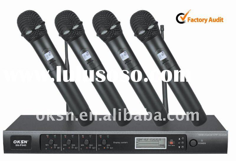 Professional UHF wireless microphone
