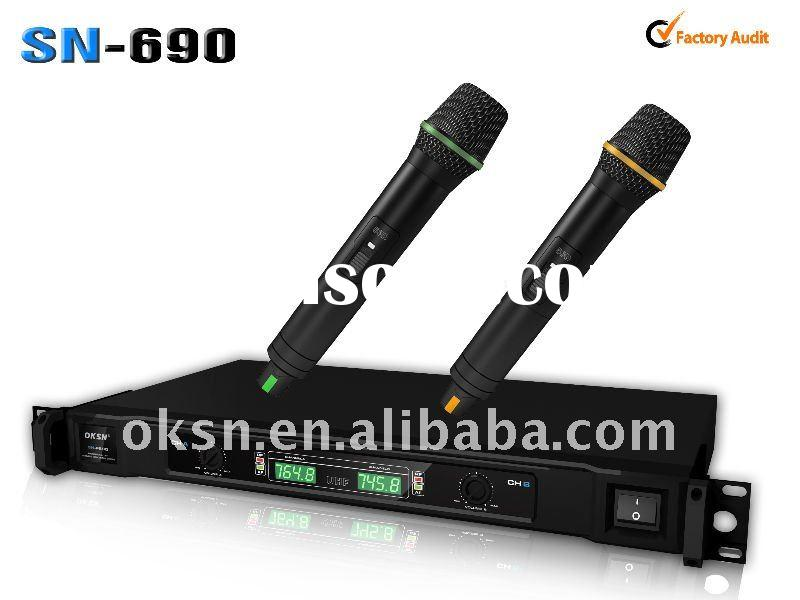 Professional VHF wireless microphone