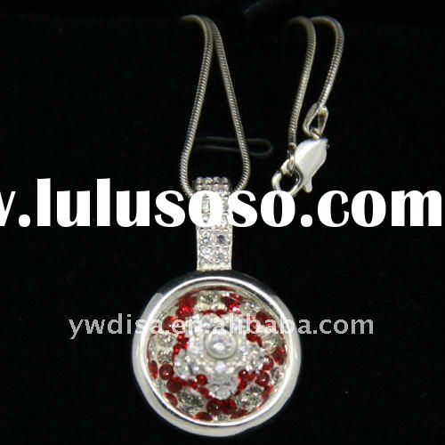 newest fashionable silver pendant