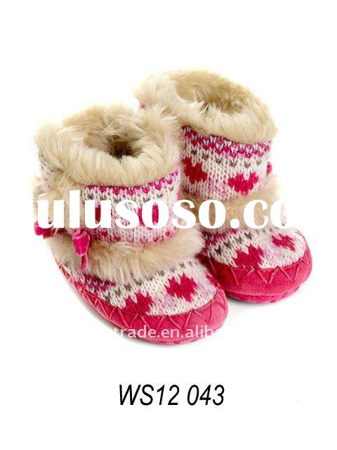 knitted cozy baby boots